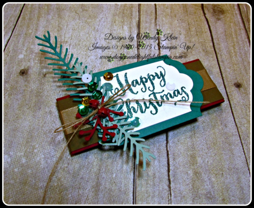 Oh What Fun, Presents & Pinecones DSP, Lots of Labels framelits, Pretty Pines Thinlits, Glitter embossing powder (6)