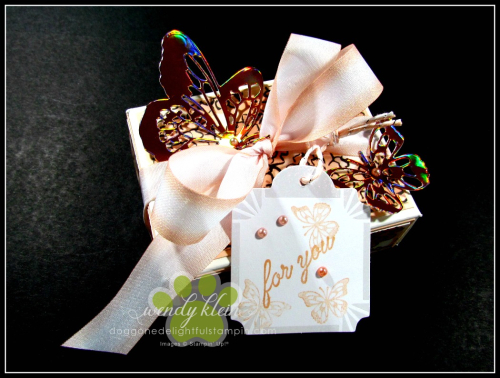 Butterfly_Gift_Box_for_Mom - 1