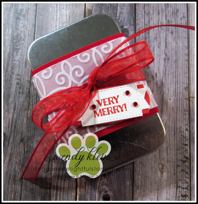 Very_Merry_Christmas_Tin-1