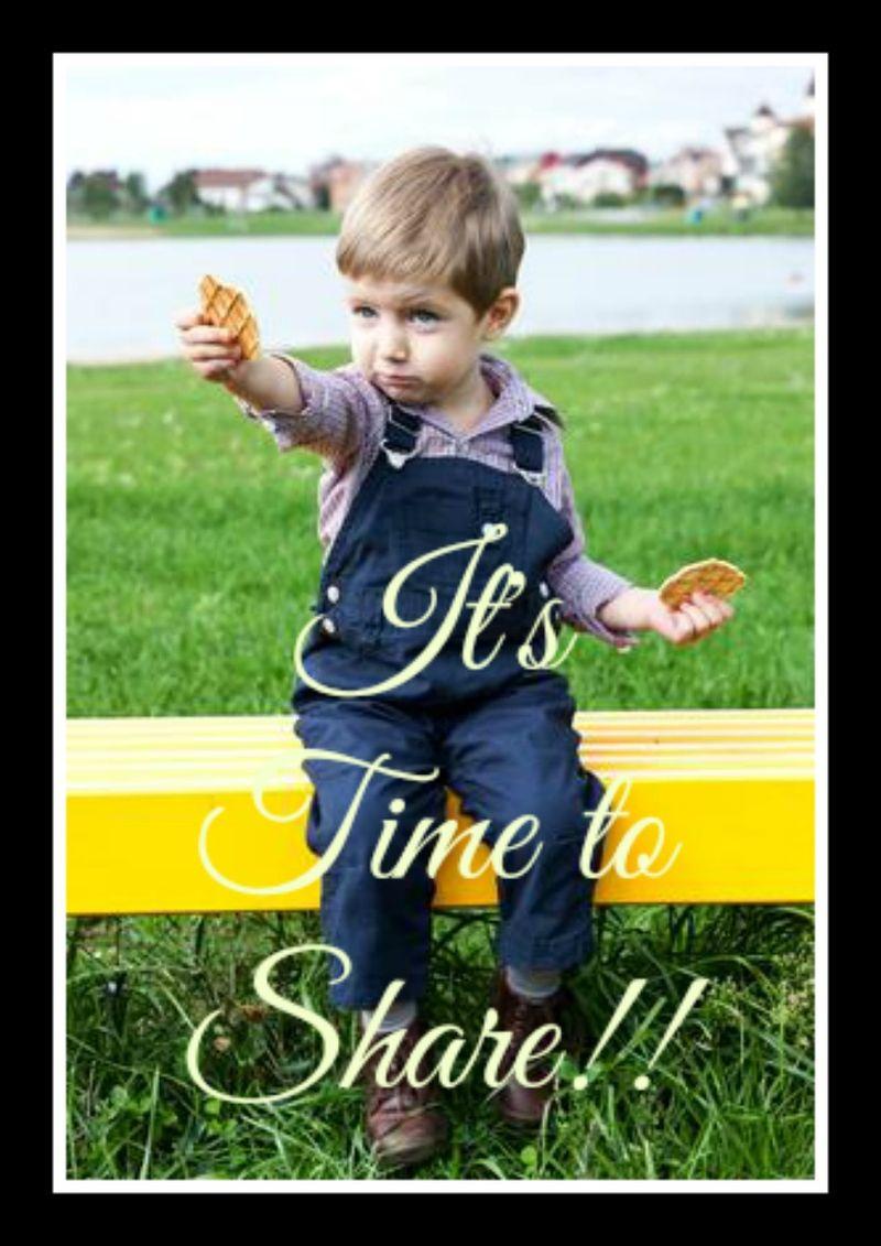 Boy_sharing_cookie_Depositphotos_27434397_xs