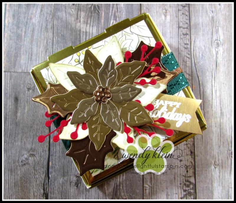 Poinsettia_Petals_Gift_Box-1